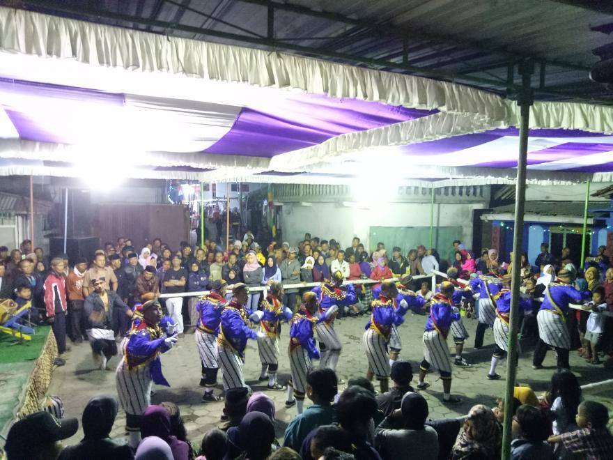 Image : Kesenian Budaya Tradisional Kubro di Dusun Banggalan